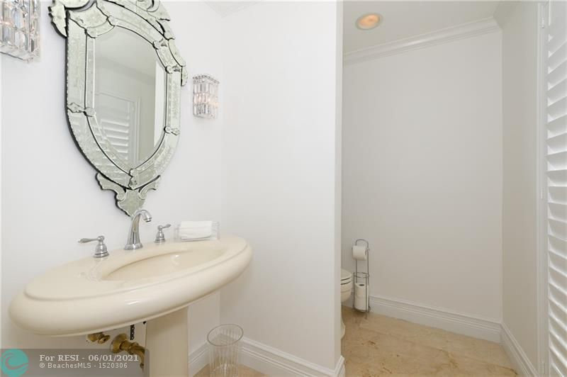 2 COMPASS LN  gallery image #10